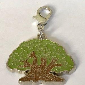 Disney Tree of Life Charm Animal Kingdom Zipper